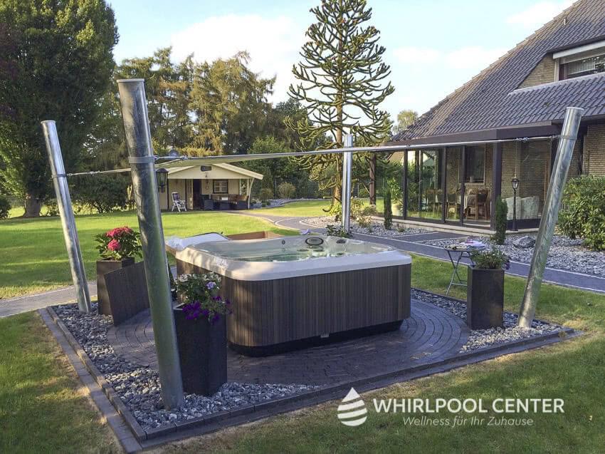 gartengestaltung-whirlpool-center-jacuzzi