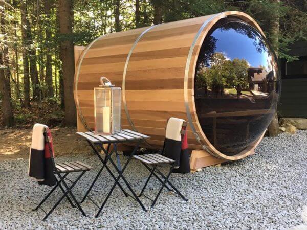 Sauna-Fasssauna-Panoramablick-aussenansicht2-whirlpool-center