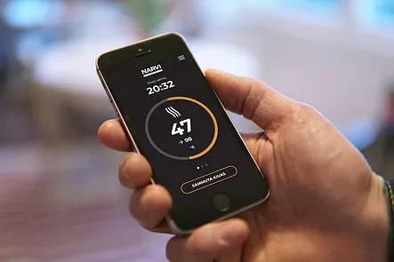 Narvi-Wifi-Bedienung-Smartphone-whirlpool-center