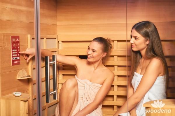 whirlpool-center-infrarotkabinen-woodena-sana-sense-2-model-mood-inside-bedienung-panel